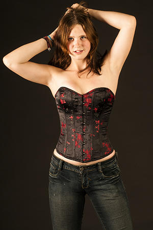 Delicious black corset with red pattern