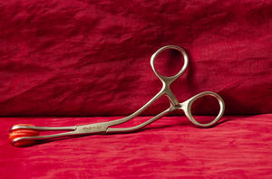 Forceps in stainless steel
