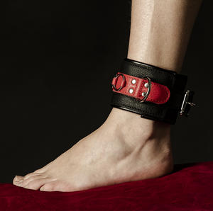 Leather ankle cuff in red and black